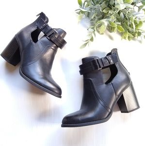 Soda • black faux leather cut-out heeled booties